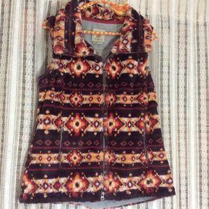 Royal Robbins Jackets & Coats - Southwestern Aztec Print Fur Vest!